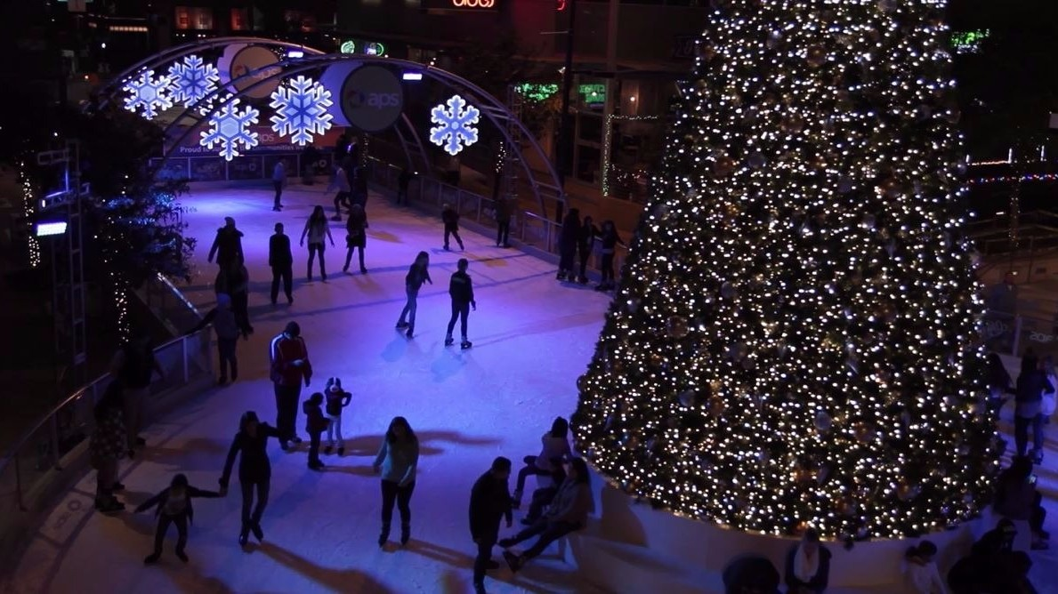 outdoor ice skating in downtown phoenix for the holidays 12news com