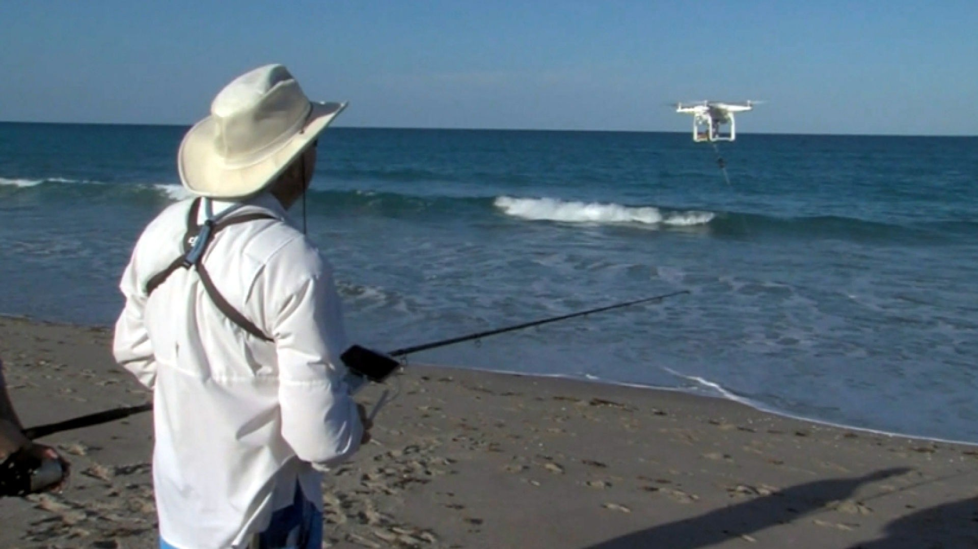 Drone fishing gains popularity in florida for Fishing jobs in florida